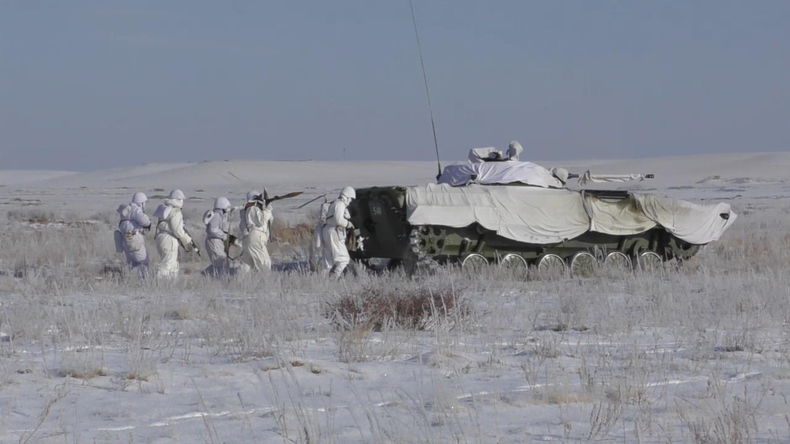 Основным поставщиком военной техники в Казахстан остается Россия