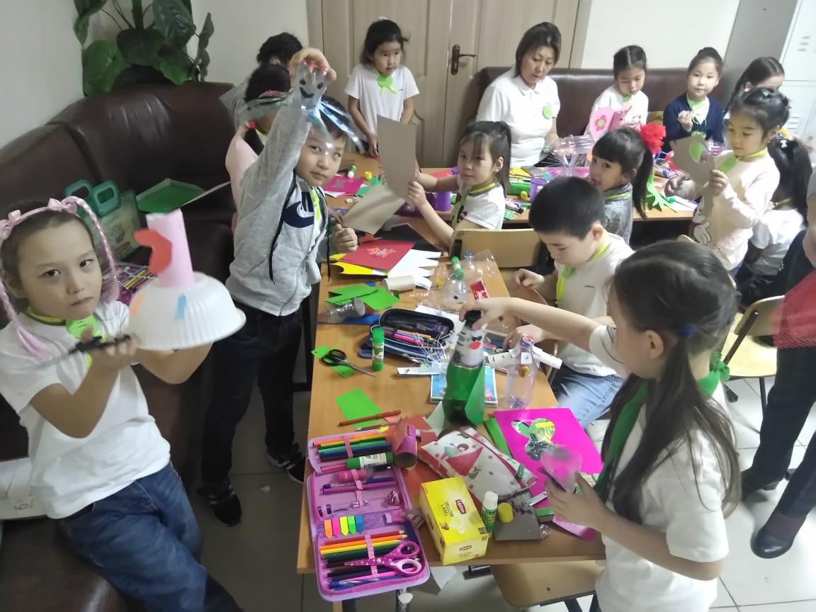 Столичные школьники сдали свыше 23 тонн отходов в переработку
