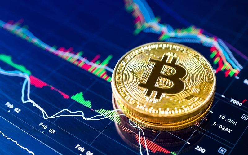 Стоимость биткоина впервые с ноября превысила шесть тысяч долларов