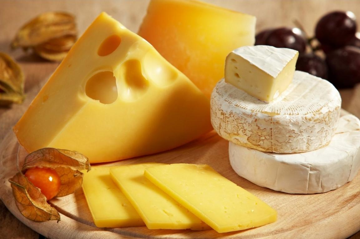 Россельхознадзор остановил ввоз крупной партии литовского сыра через Казахстан
