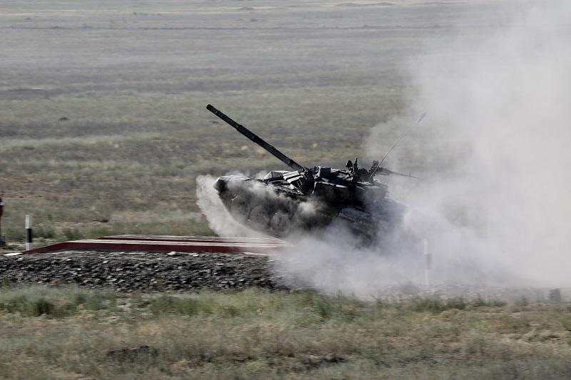 Министр обороны РК проверил готовность к проведению АРМИ-2019