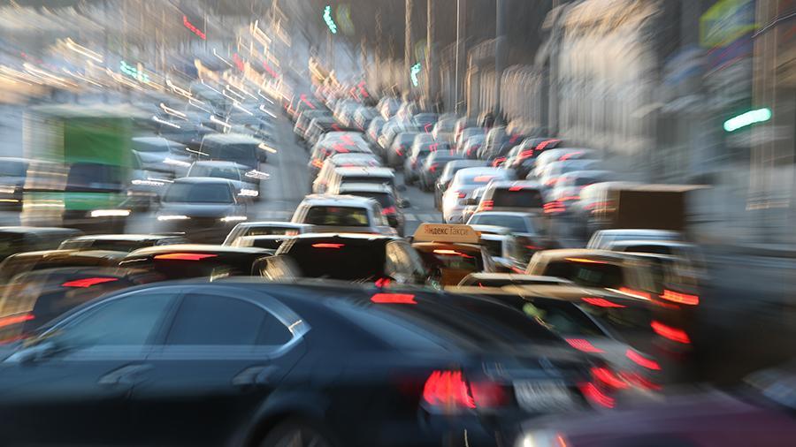 Fitch: падение продаж автомобилей в мире в 2019 г будет сильнейшим за десятилетие