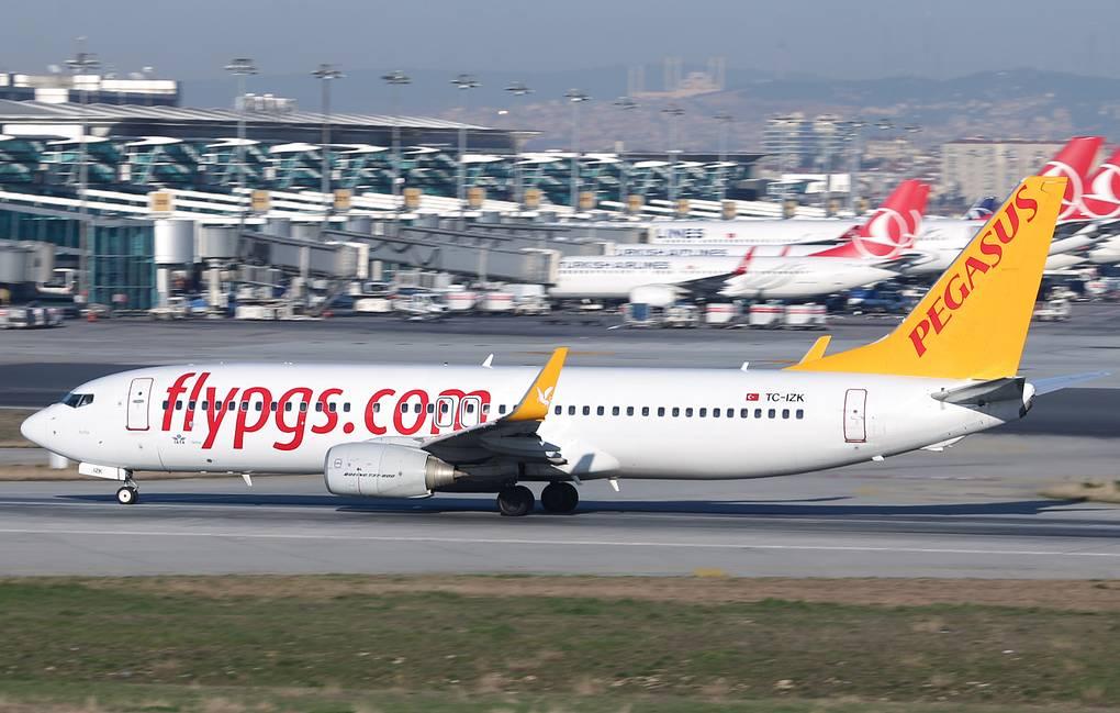 Инцидент с самолетом в Стамбуле привел к гибели одного человека, 157 пострадали