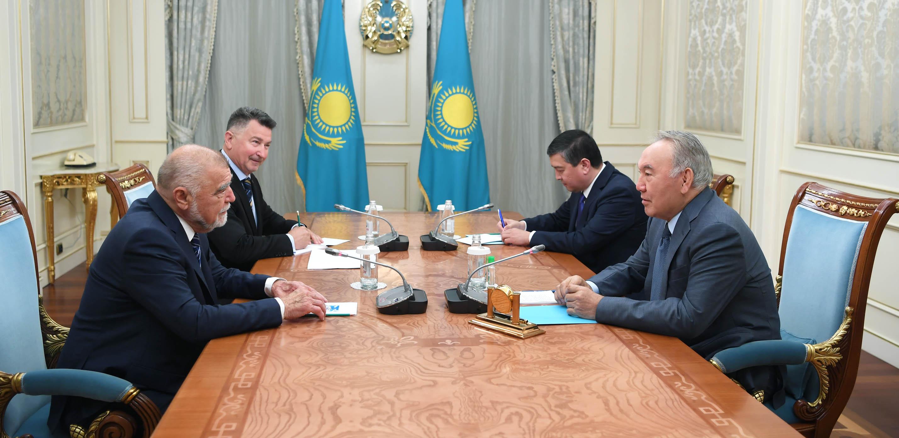 Нурсултан Назарбаев встретился с экс-президентом Хорватии