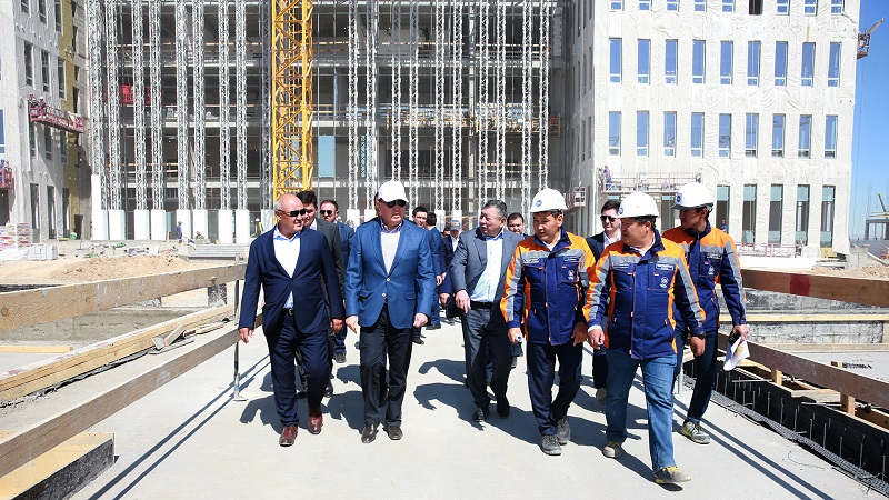 Аскар Мамин проконтролировал завершение восстановительных работ в Арыси