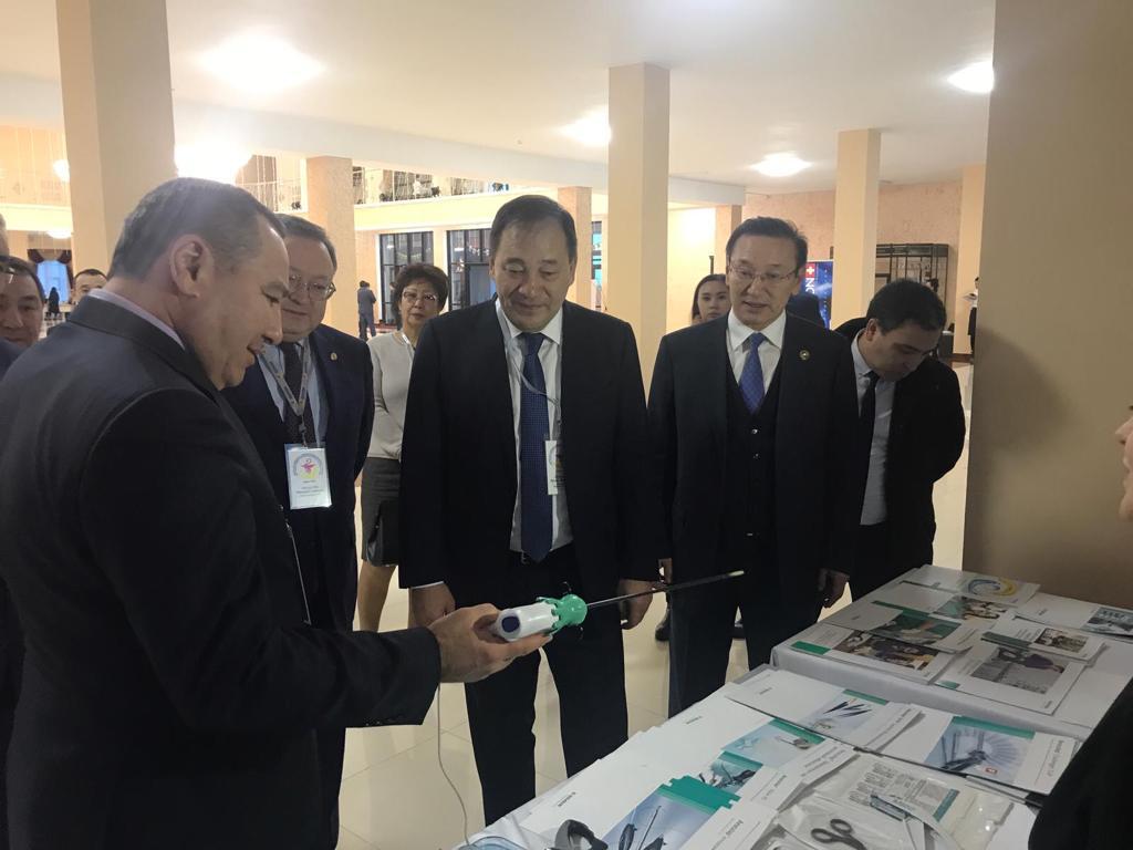 Ералы Тугжанов: Зарплата медиков Актюбинской области самая низкая в стране
