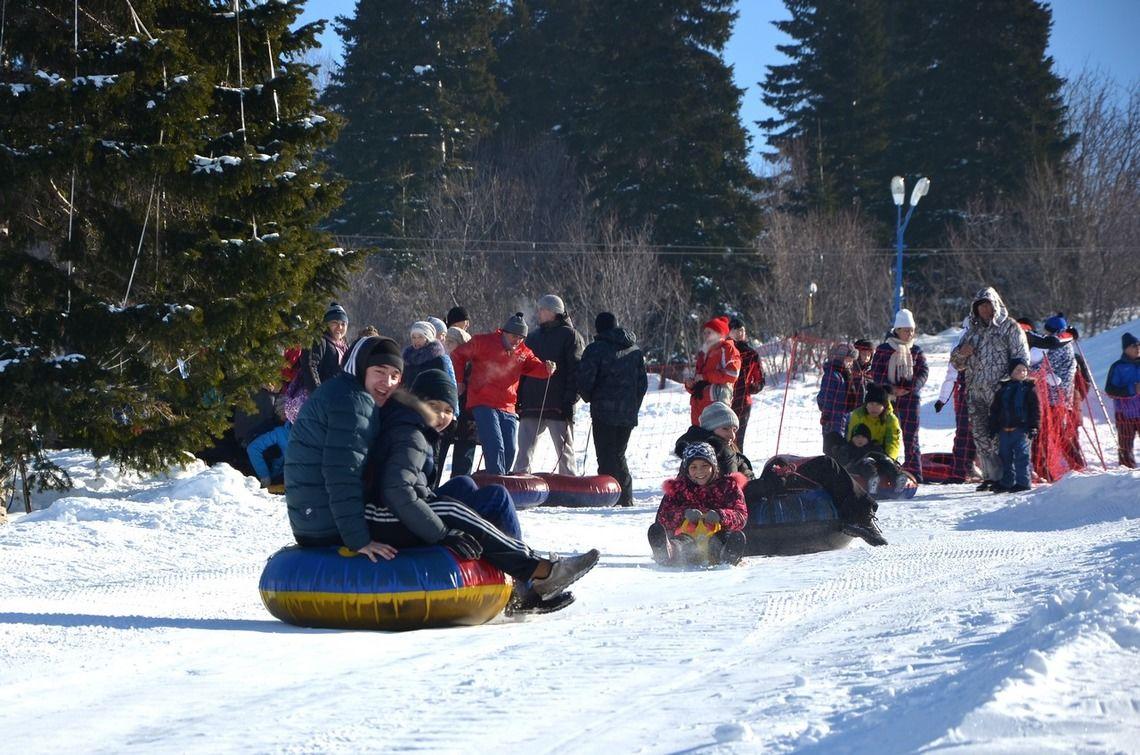 Почти четыре тысячи жителей ВКО приняли участие в открытии зимнего сезона на горнолыжных курортах