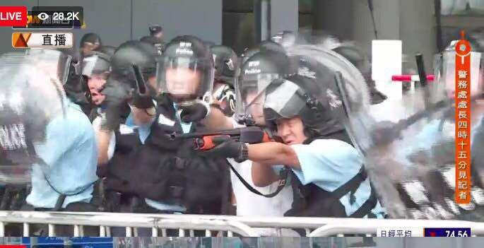 Более 20 человек арестованы в Гонконге за участие в беспорядках