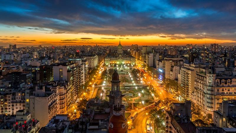 Масштабный сбой в энергосистеме обесточил Аргентину и Уругвай