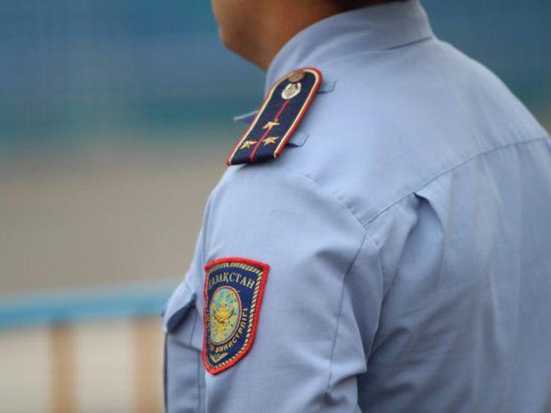 Стихийный митинг против полицейских устроили жители города Шу