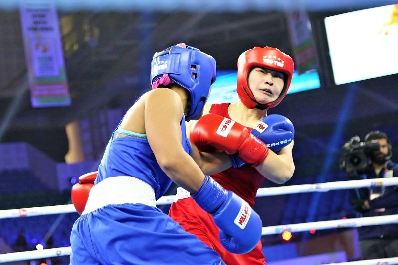 Жайна Шекербекова сразится в финале ЧМ по боксу в Индии
