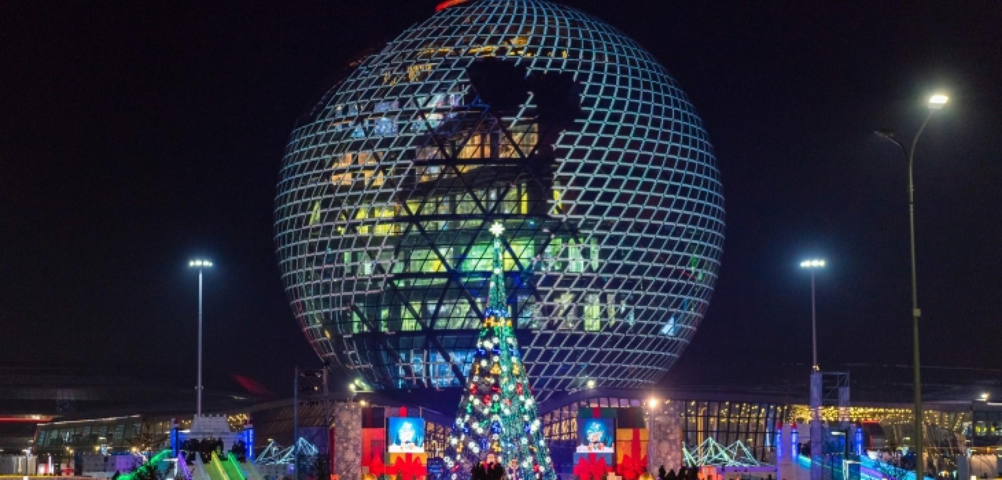 Новогодняя елка в Астане вошла в топ-10 в СНГ