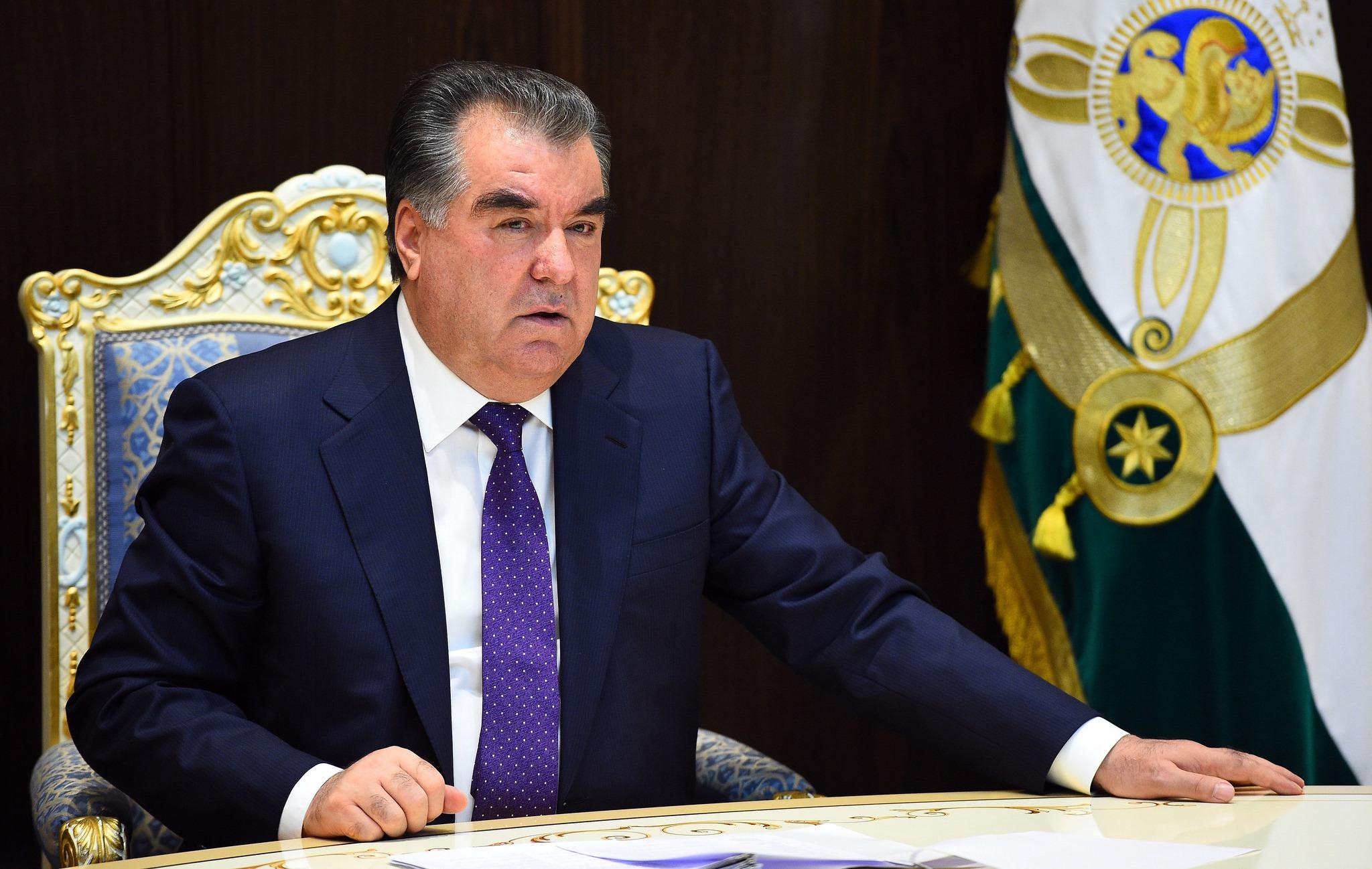Эмомали Рахмон пожелал Касым-Жомарту Токаеву плодотворной работы на посту президента Казахстана