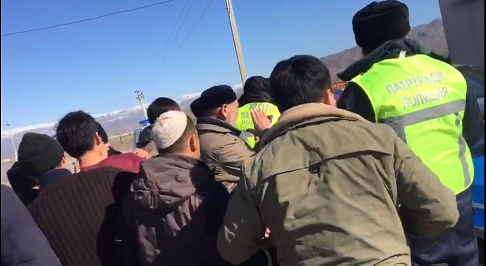 В массовых беспорядках в Кордайском районе погибли восемь человек, 40 пострадли