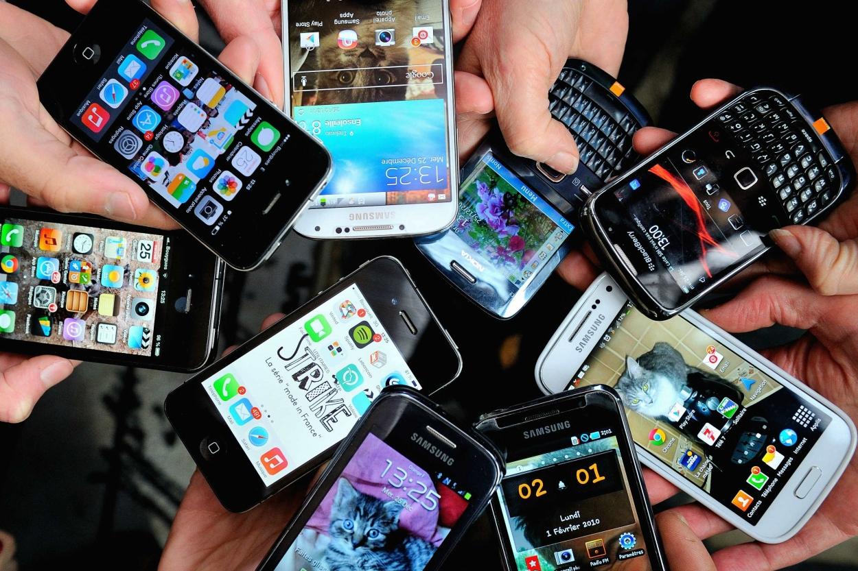 С 1 января отключат абонентов сотовой связи, не зарегистрировавшихся с ИИН