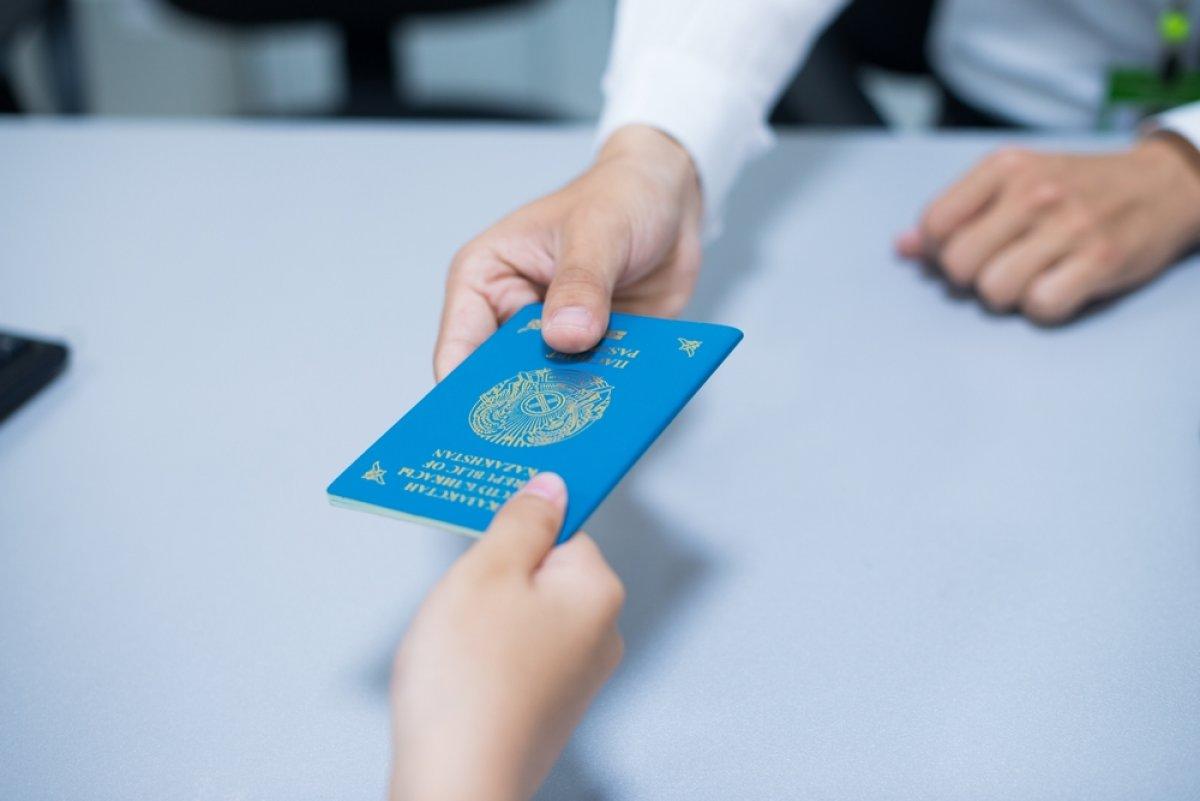 Казахстанский паспорт арестованного в Алматы кыргызского экс-депутата признали недействительным