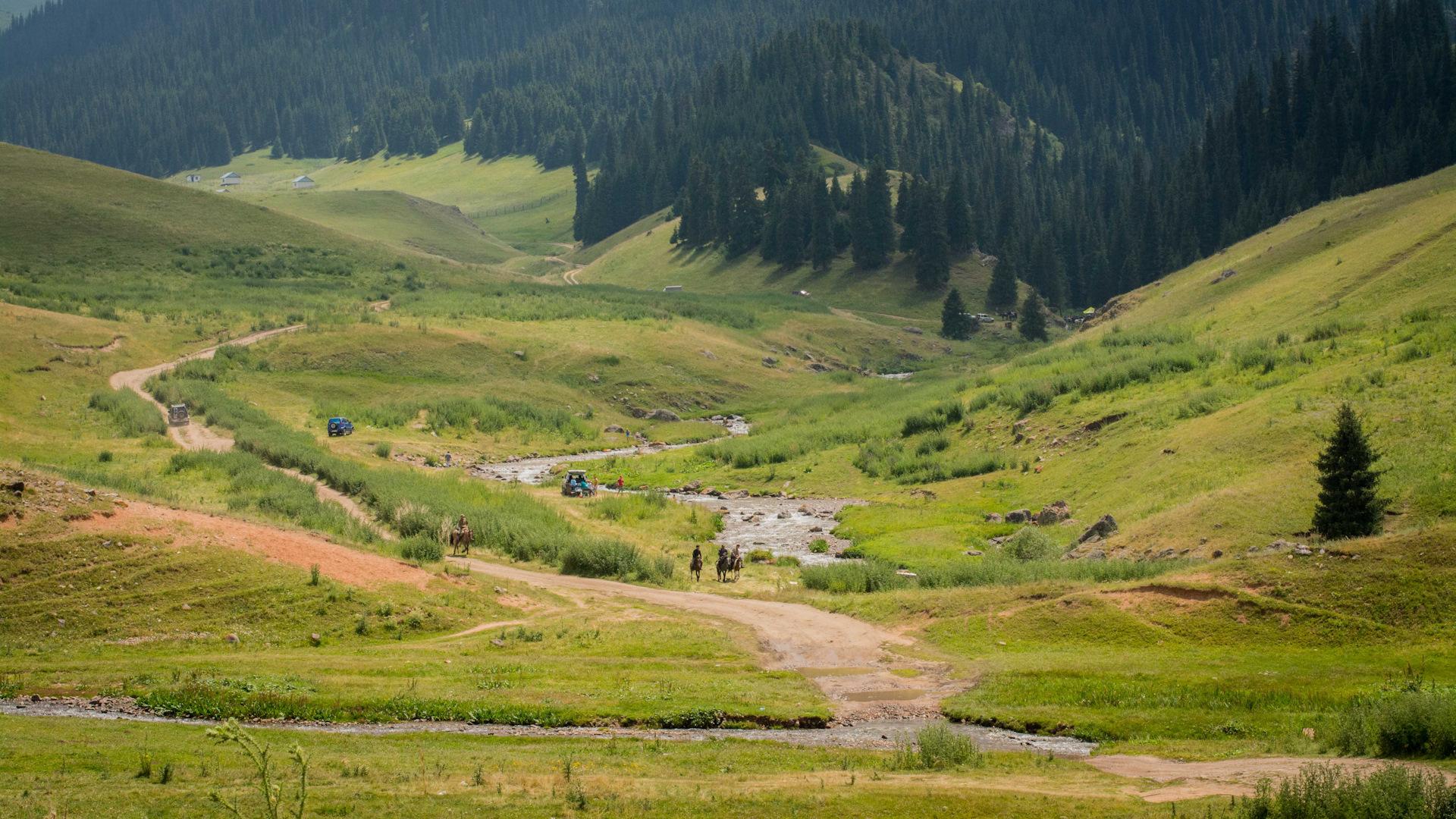 Утверждены поправки по возврату Бурабая, Иле-Алатау и Кок-Жайляу в состав особо охраняемых территорий