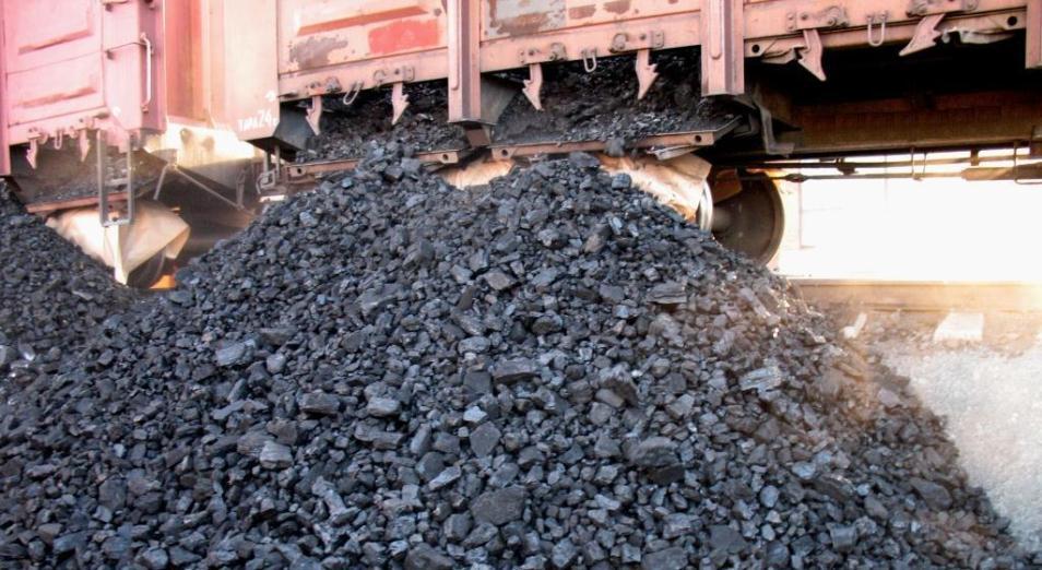 Готовь уголь летом