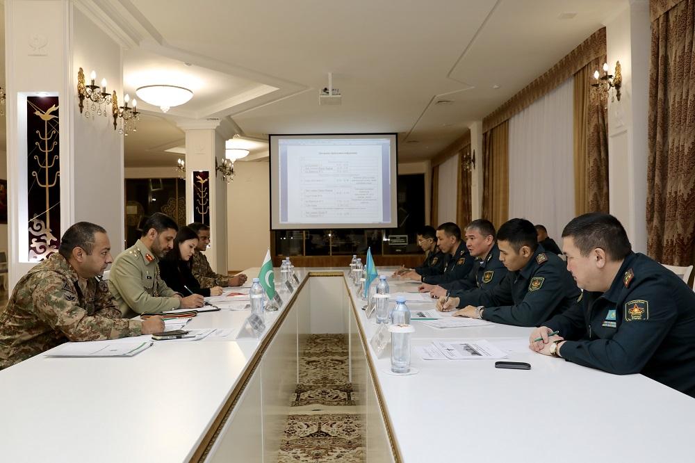 Казахстанские и пакистанские армейские спецназовцы намерены провести летом совместное учение