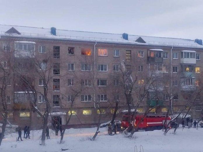 42 человека эвакуировали из жилого дома в Петропавловске