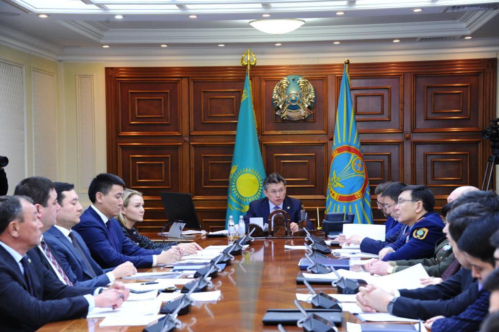 Бахыт Султанов сделал замечание ответственным лицам по проблеме открытых колодцев