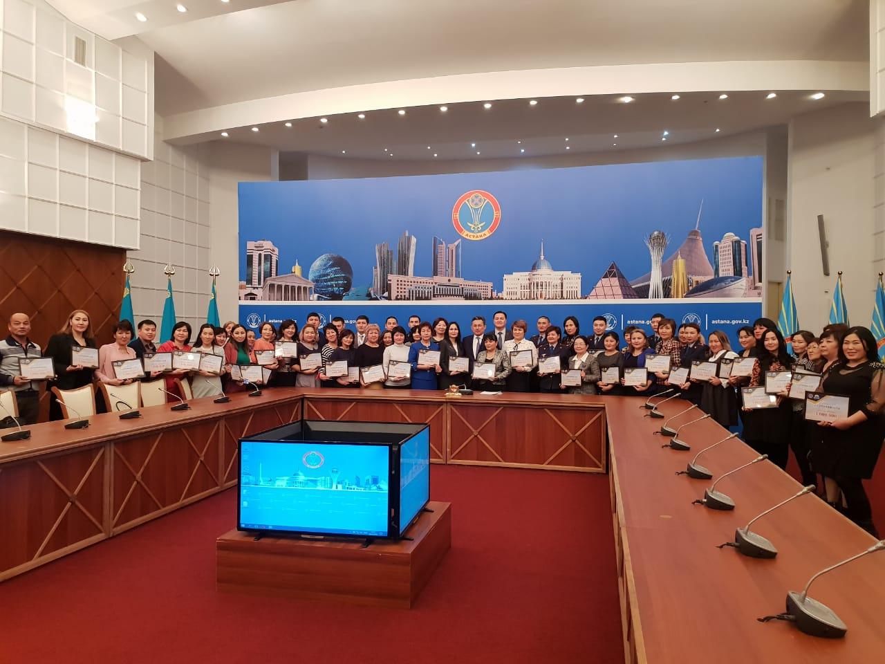 Астанада 100 адам 1 миллион теңгенің номиналды тұрғын үй сертификаттарын алды