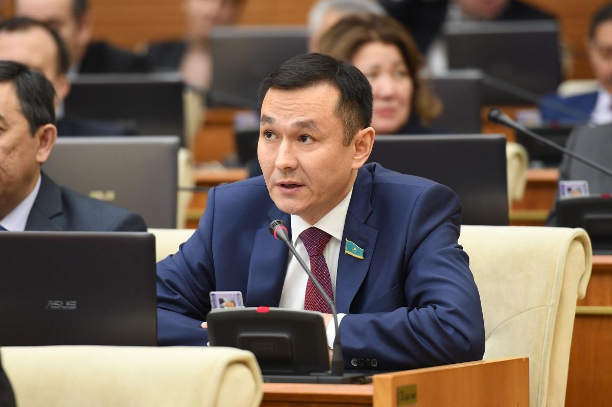 В Казахстане значительно занижены соцвыплаты по потере работы