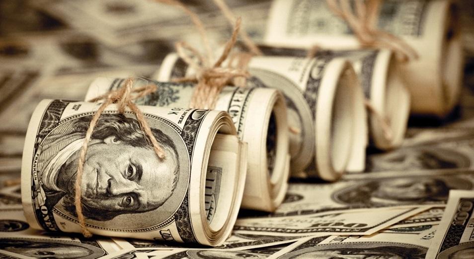 dollar-ustemdigine-narazylyk-kushejip-keledi