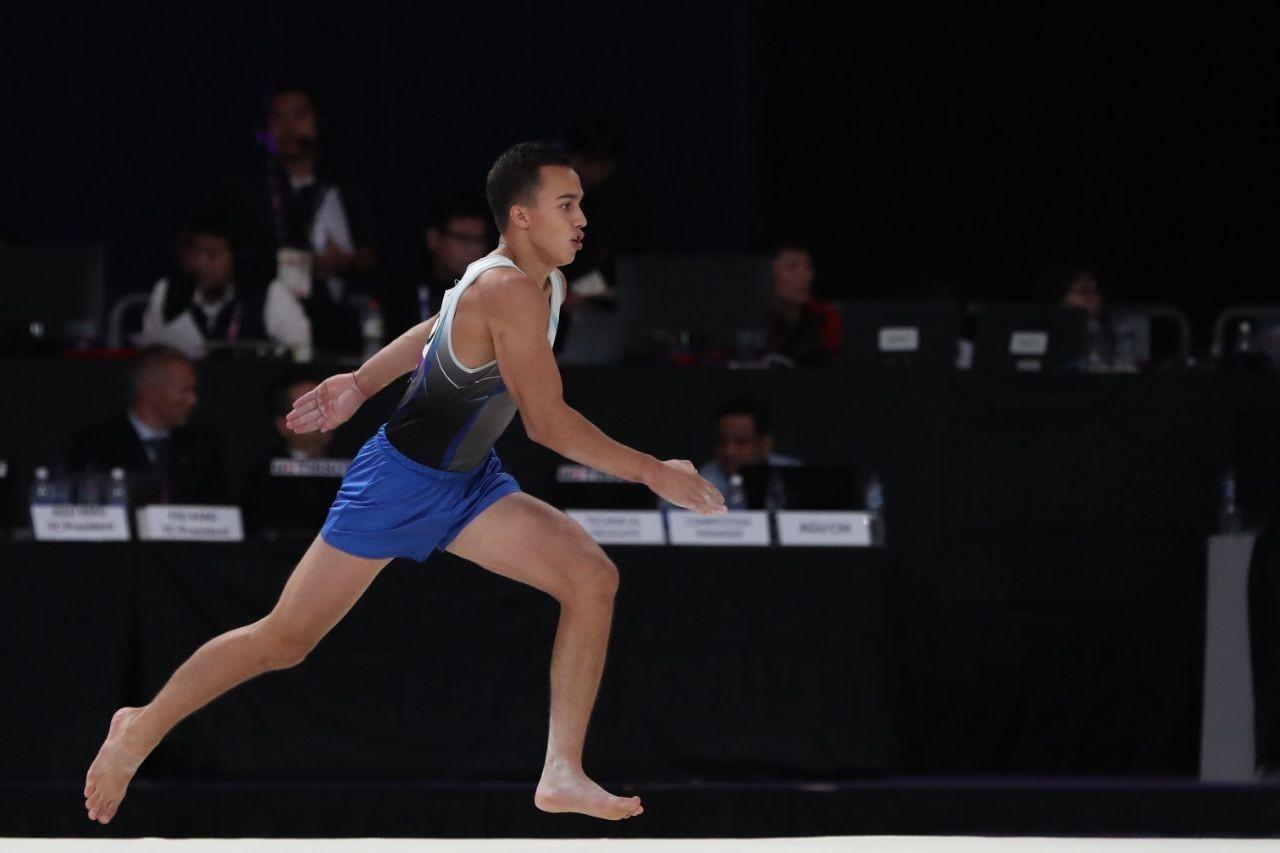 Казахстанец вышел в финал Кубка мира по спортивной гимнастике