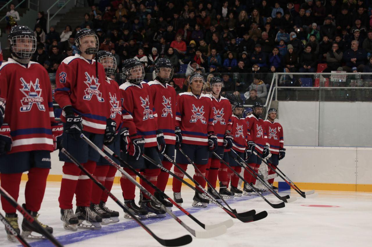 Хоккейная команда и ледовый дворец появились в Актобе