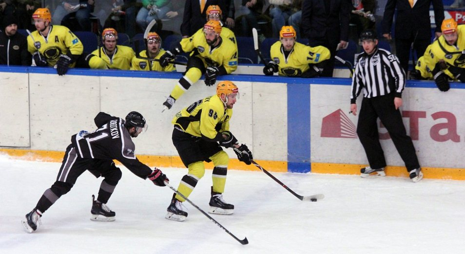Финал Кубка Петрова: «Сарыарка» в одной победе от главного трофея ВХЛ