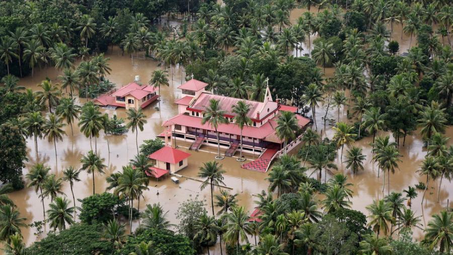 Үндістанда су тасқынынан 50 адам қайтыс болды