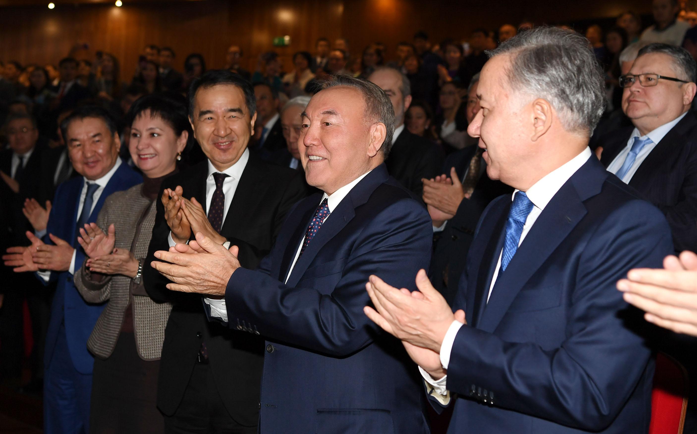 Нурсултан Назарбаев посетил премьеру фильма «Путь лидера. Астана»