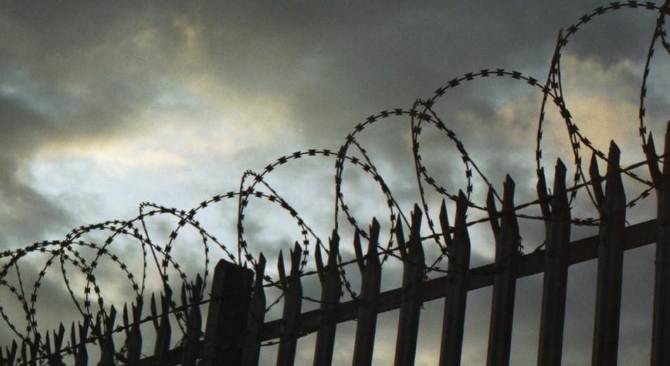 Тюремное население снизилось в три раза