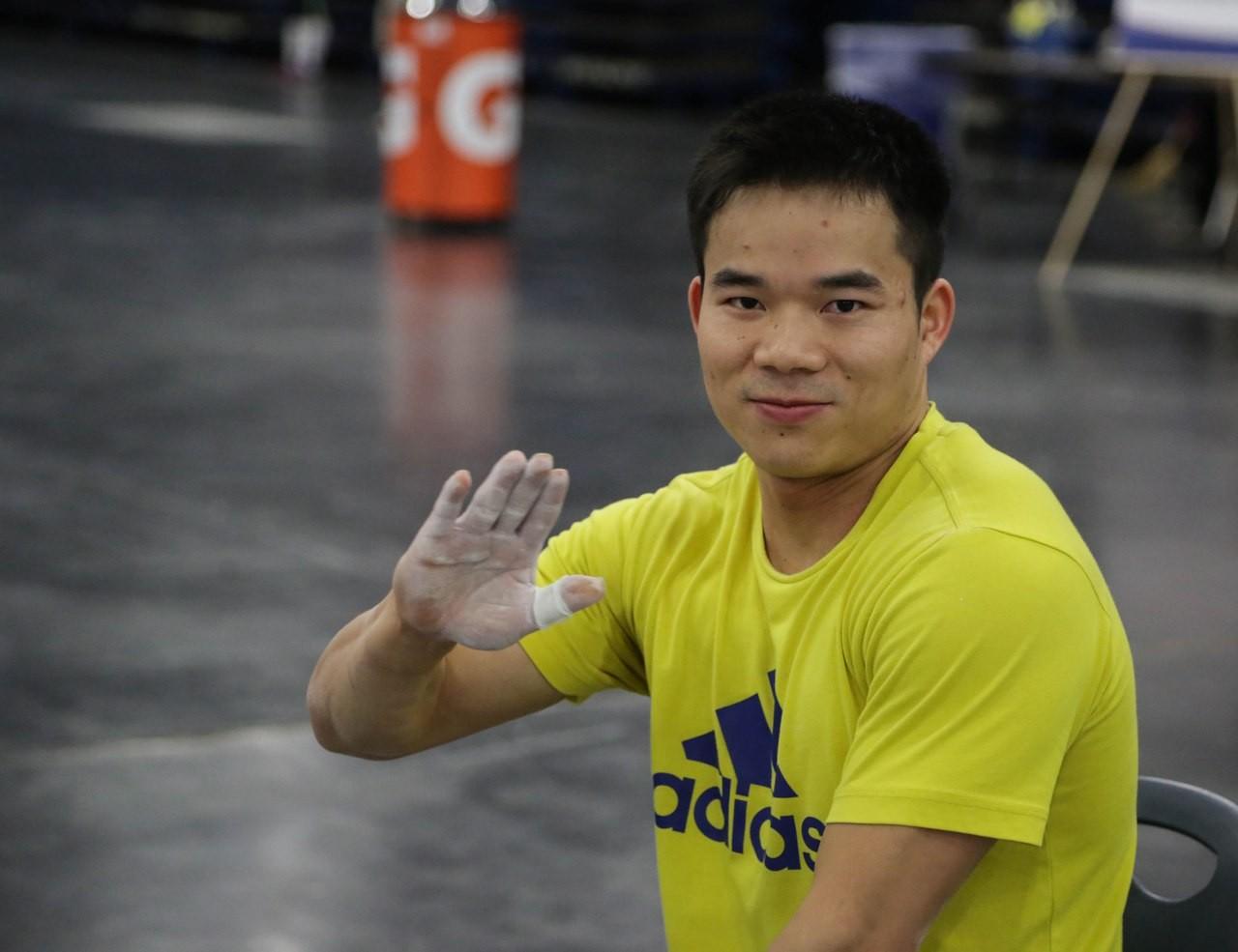 Казахстанец Фархад Харки стал вторым на ЧМ по тяжелой атлетике в Ашхабаде