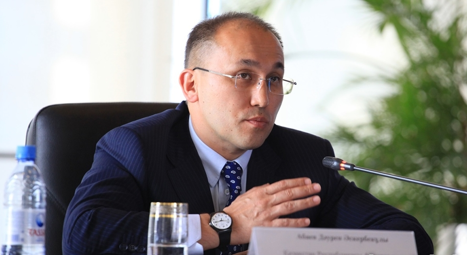 Даурена Абаева утвердили на должность министра информации и общественного развития