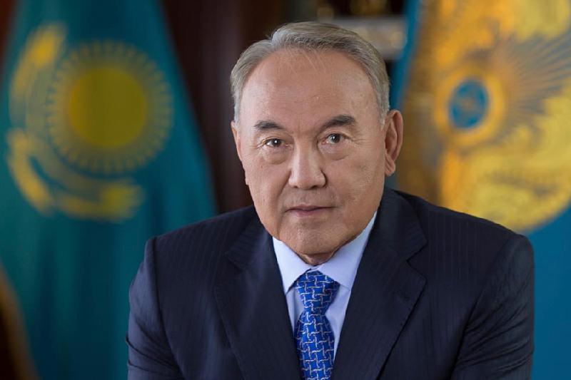 Назарбаев прибыл в Петербург для участия в заседании ВЕЭС и неформальном саммите глав государств СНГ