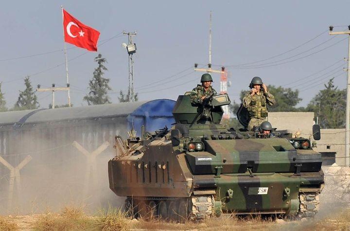 Турция может в любой момент начать военную операцию в Сирии - Эрдоган