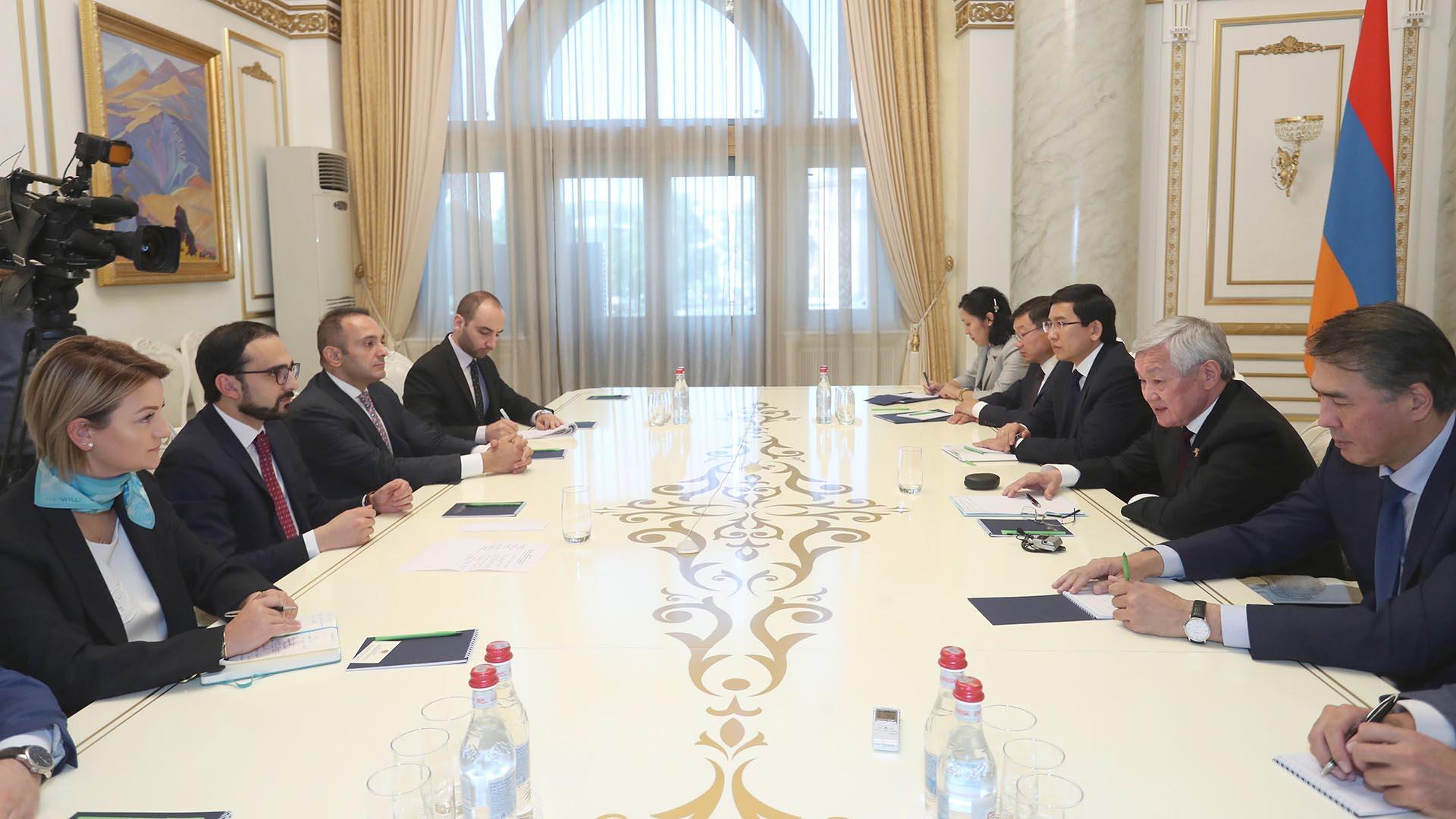 Бердібек Сапарбаев жұмыс сапарымен Арменияға барды