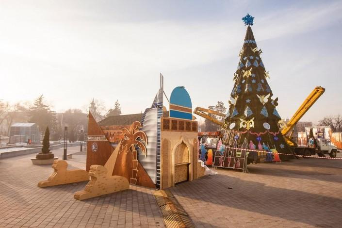 В Алматы появилась резиденция Деда Мороза
