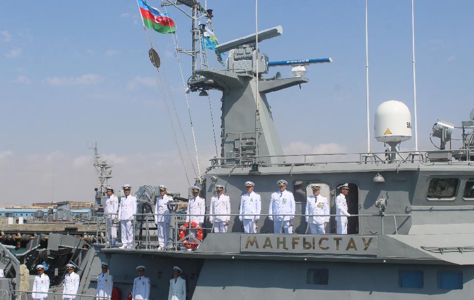Корабль ВМС Казахстана совершил поход в акватории Азербайджана