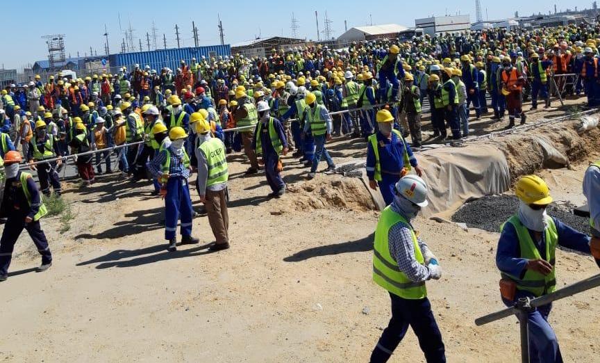 В Сети появилось видео массовой драки рабочих