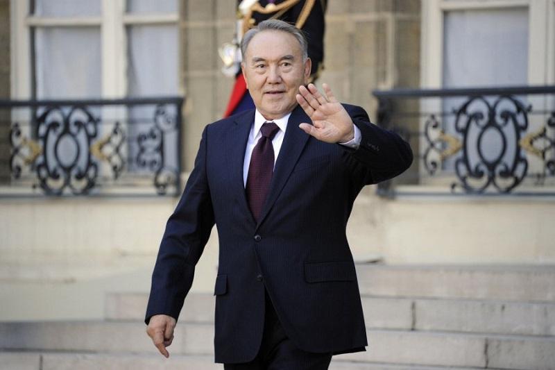Мемлекет басшысы Түрікменстанға барды