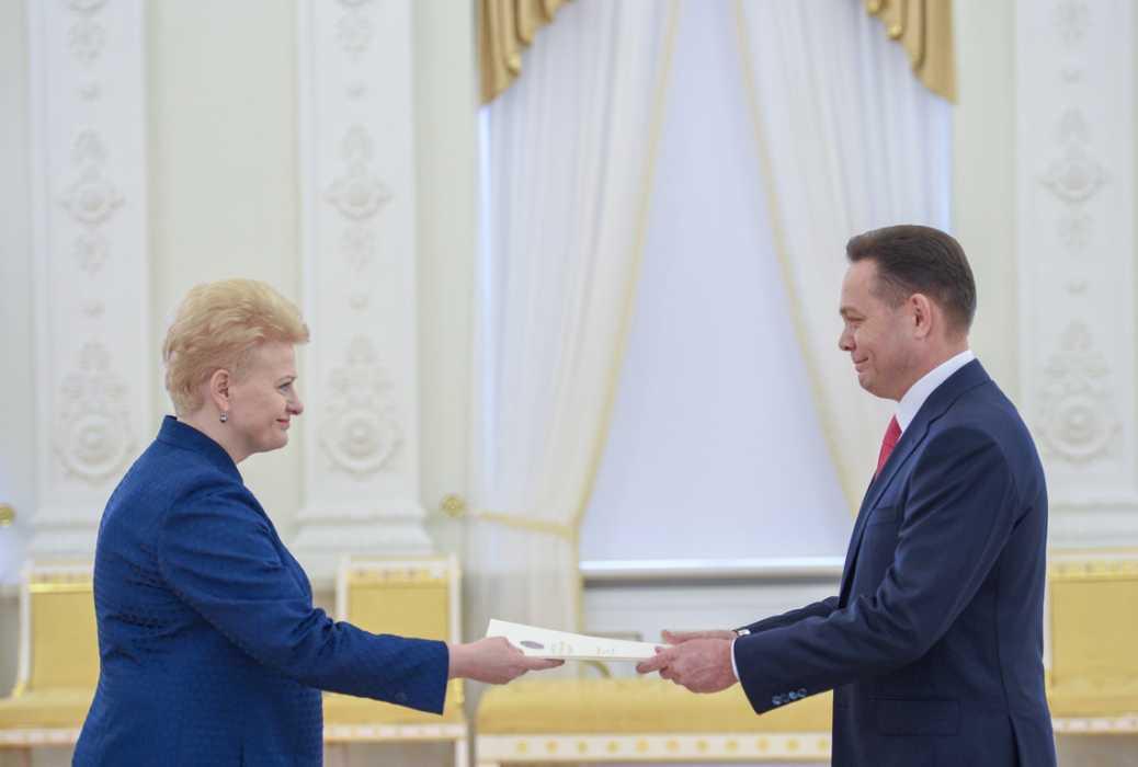 Қазақстан елшісі Литва президентіне сенім грамотасын тапсырды