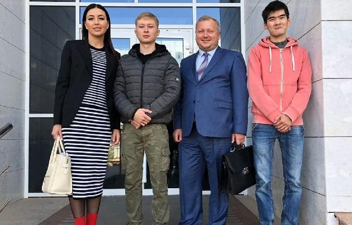 Астана көшесінде қайықпен жүзгендер жазаланбайтын болды