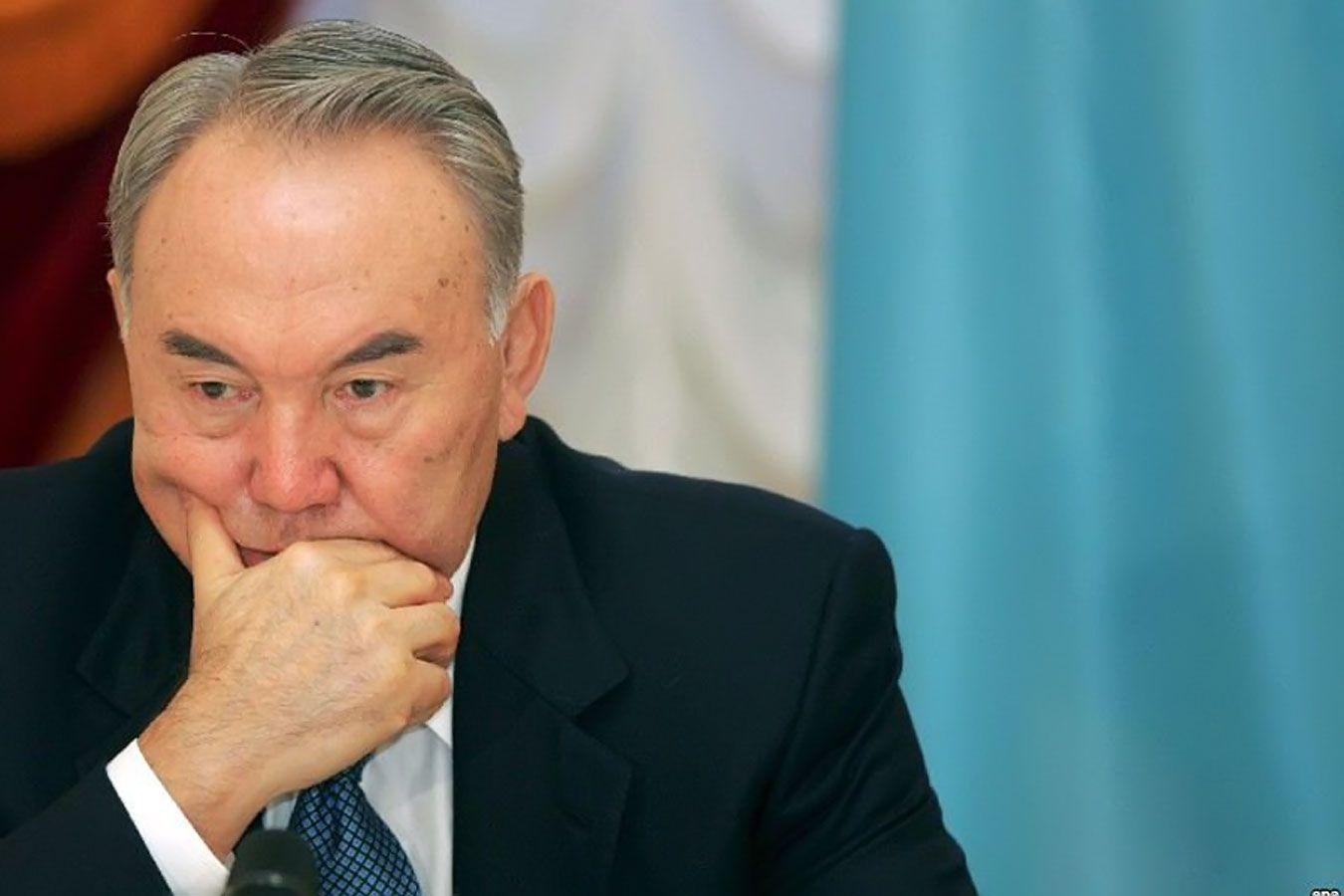 Назарбаев выразил Путину соболезнования в связи с гибелью членов экипажа Ил-20