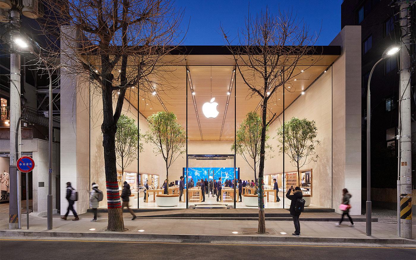 Секретная команда Apple работает над спутниками для передачи данных на устройства