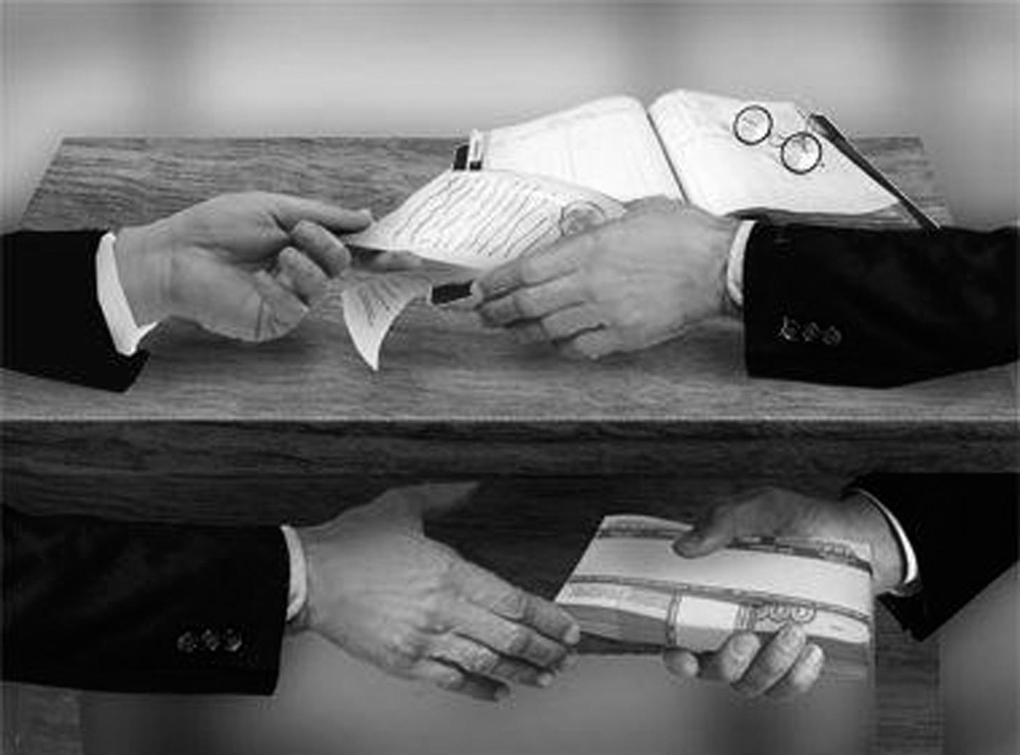 ҚР СІМ қызметкерінен 1,5 миллион АҚШ доллары тәркіленді