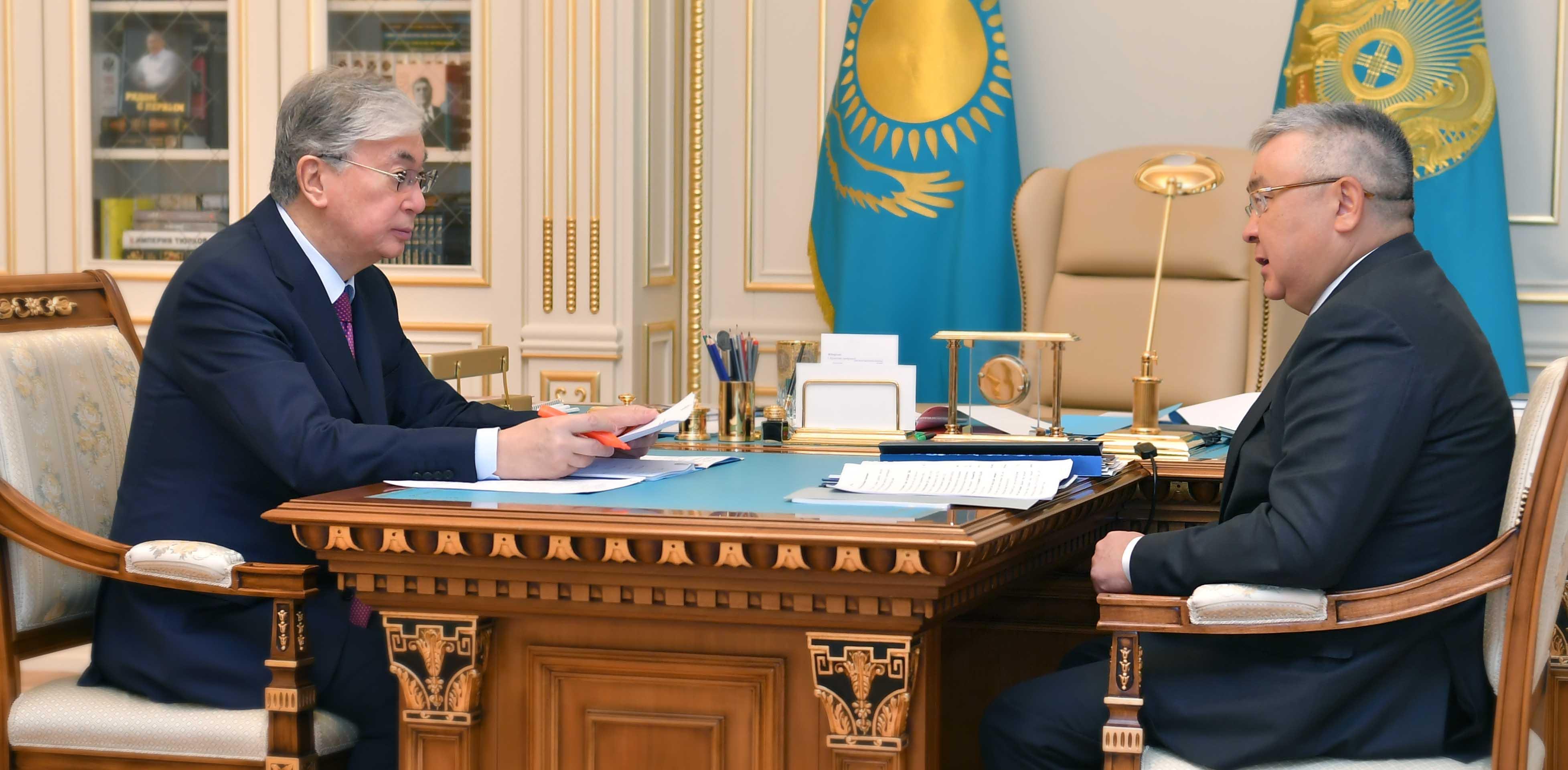 Касым-Жомарт Токаев принял председателя Высшего судебного совета Талгата Донакова