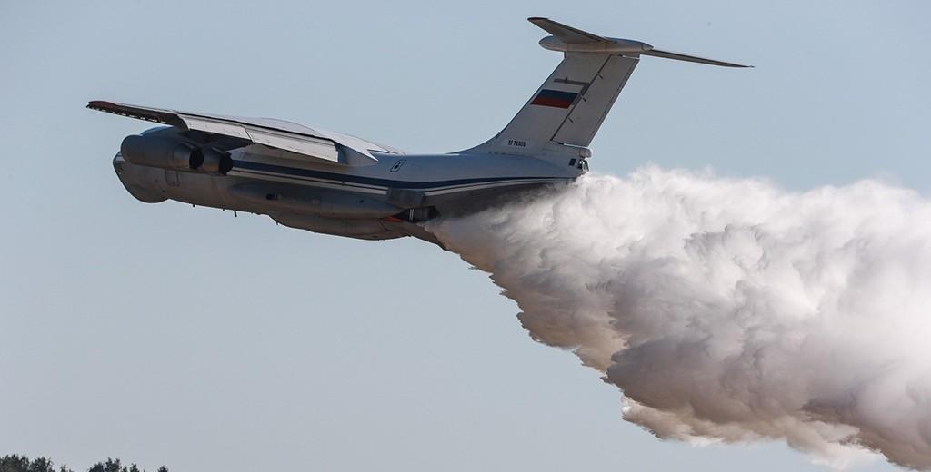 Авиация Минобороны РФ потушила пожар на 753 тыс. га лесов в Сибири